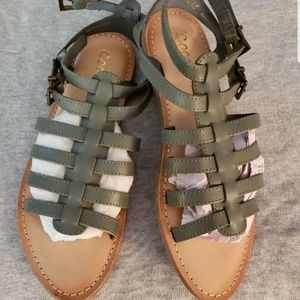 Gray leather buckle sandals,  size 6, NWOT